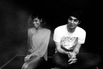 « Yours Drums, Your Love » : un maxi de remix d'AlunaGeorge en écoute