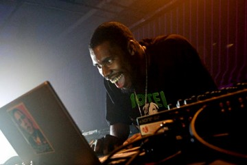 « Lovers Melt 3 » : un mix de Flying Lotus en écoute